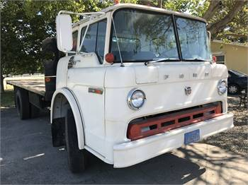 1975 Ford 600