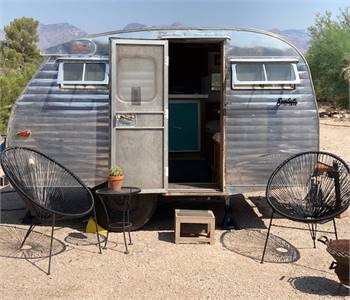 1962 Serro Scotty Sportsman Vintage Trailer 13ft 1500 lb Renovated SOLD
