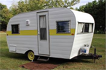 Darling 1964 Trottwood Travel Tralier