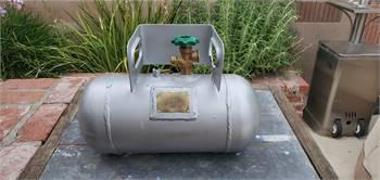 Vintage 3 gallon propane tank