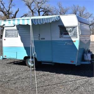 1965 16ft Shasta Camper Trailer