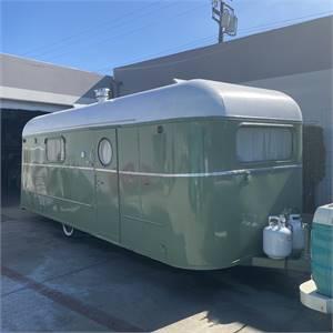 Vintage Roger travel trailer bread load canned ham