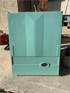 1964 Trav'ler ice box