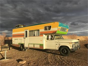 1977 Ford F350 Country Camper RV