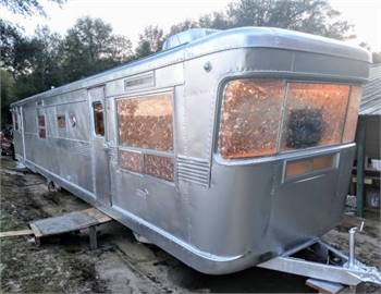 1956 Spartan Imperial Mansion 45ft 2bedroom