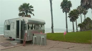 Vintage Trailer Mobile Bar & Lounge for rent
