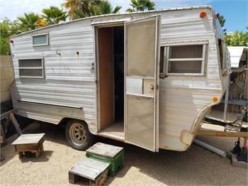 1970 Aristocrat 16 foot camp trailer