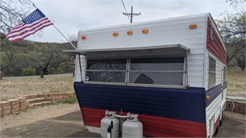 1976 Coachman - Redone - Roof AC, Bathroom, 4 Bunks + Dinette, New Tires! Ready to go!