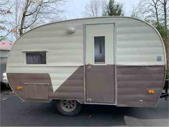 Rare 1955 Empire Glamper Boutique Food Trailer