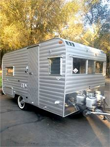 1962 Santa Fe 16' Vintage Travel Trailer Mint Condition! Beautiful Restoration! Like New!