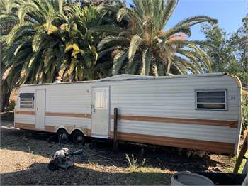 Vintage 1976 35' Titan Trailer Ready To Pull & Ready For Remodel