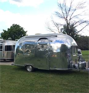 Rare 1961 Airstream Bambi 16' Only 1700 lbs.